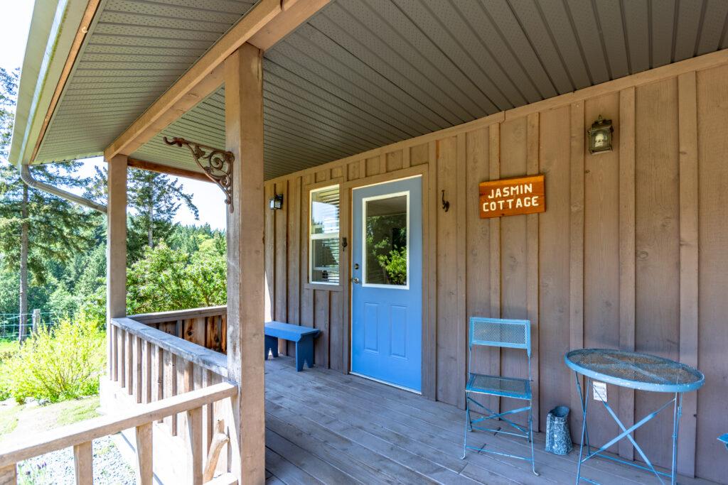 Jasmine Cottage Thetis Island~PeterNash.com