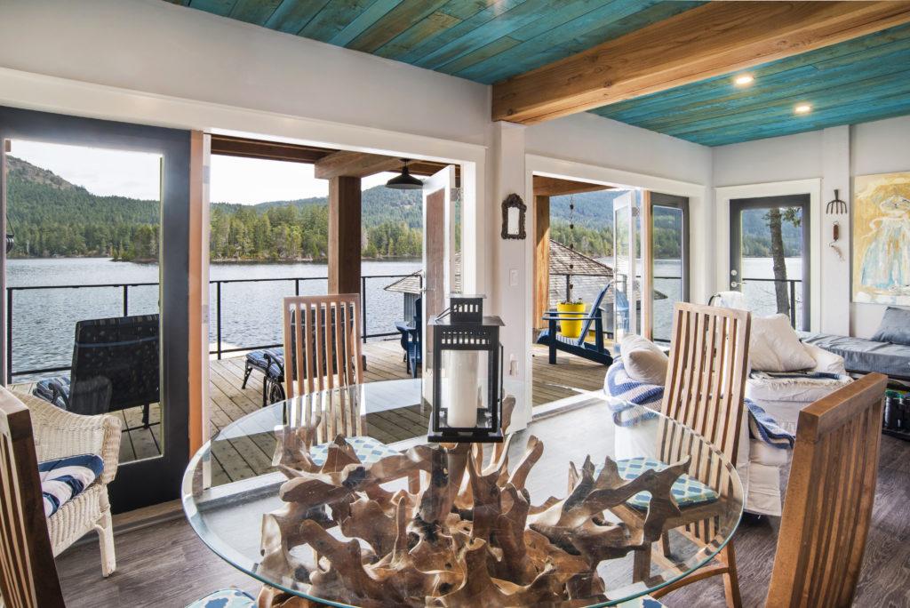 French Doors Cottage @ Shawnigan Lake