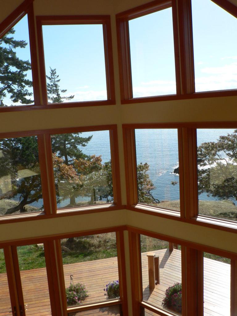 Windows Wolf Isand, Becher Bay