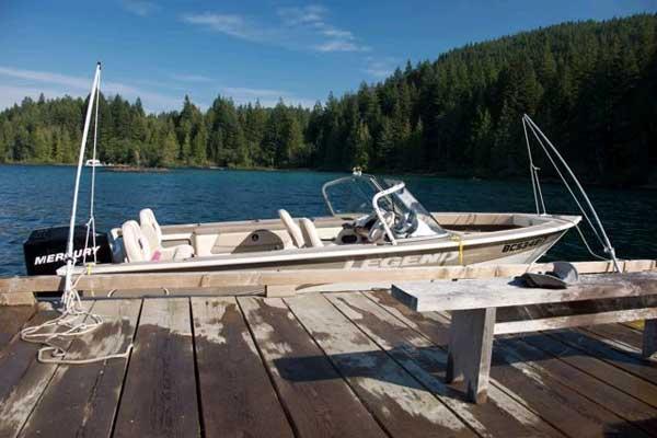 Commuter Boat @ Bee Island Dock