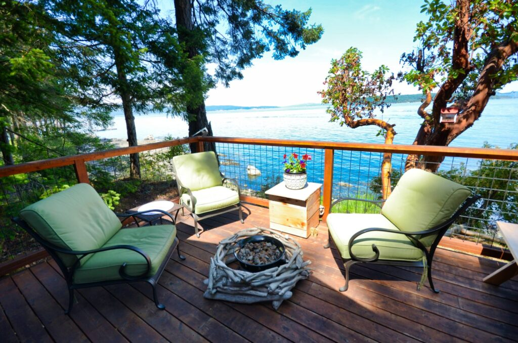 Gulf Island Deck @ Oceans Edge