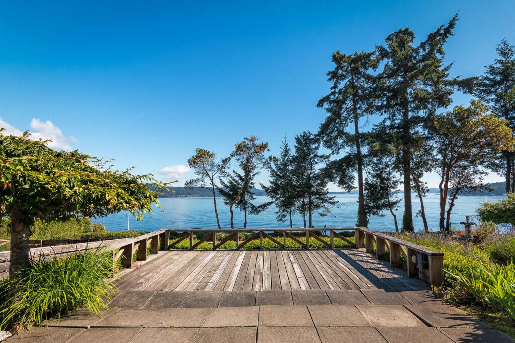 Ocean View Deck Lands End Rd