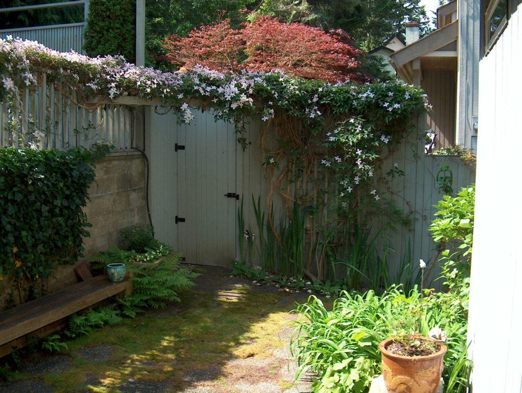 Garden Gate 9606 Ardmore Dr., Saanich Inlet