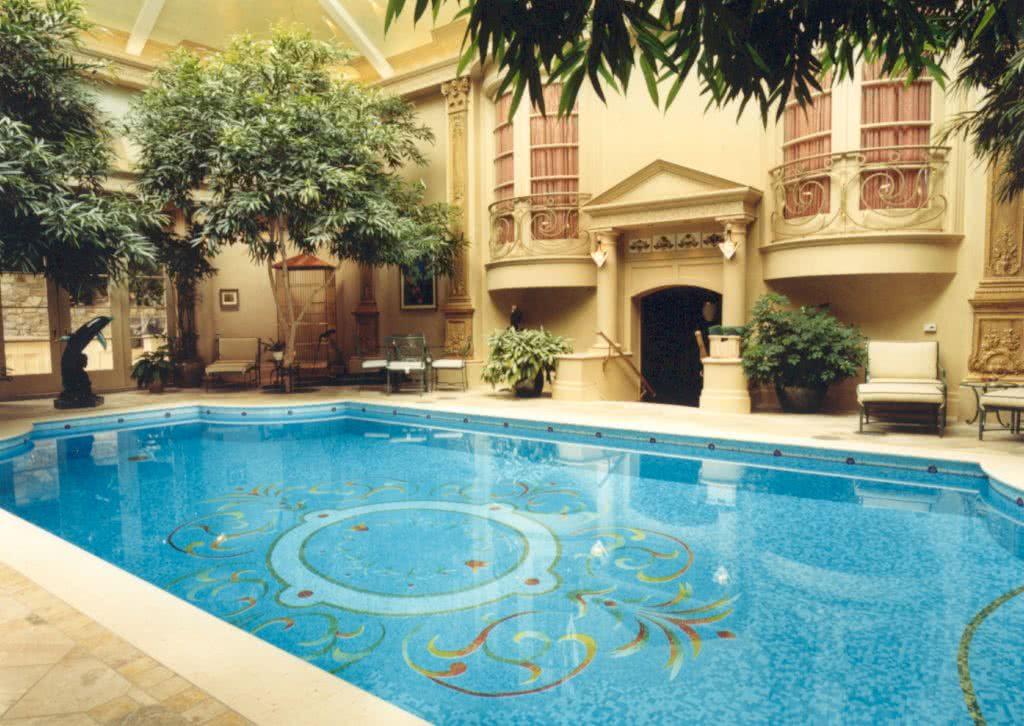 Luxury Estate Pool @ Villa Madrona