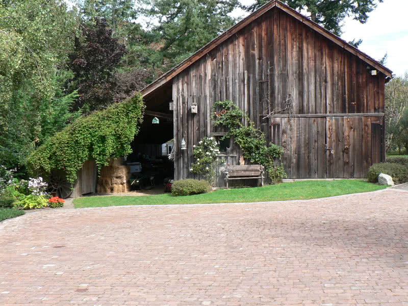 Historic Barn Patricia Bay Estate