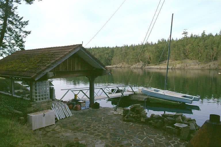 Secret Island Boathouse & Dock