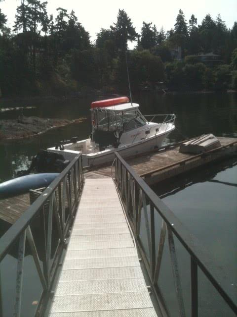 Private Dock @ Deep Cove Estate
