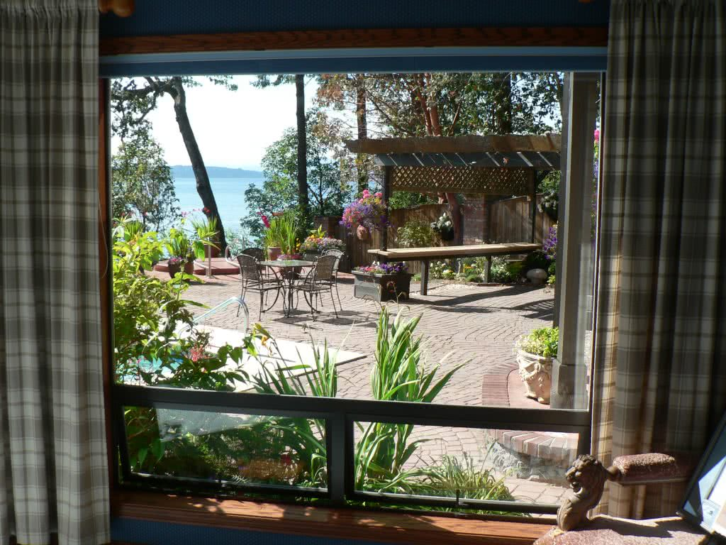 Picture Window, Chalet Rd., Deep Cove Estate Chalet Rd.