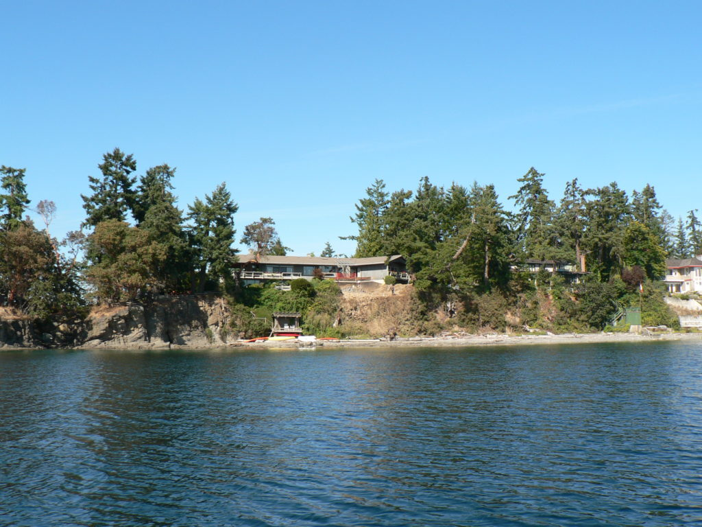 Cole Point, Deep Cove